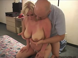 Anal Moms And MILFs