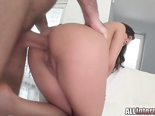 Russian cutie squirts big..